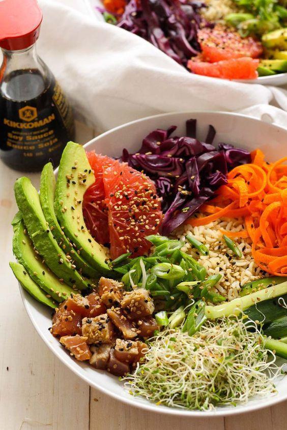 Poke: Kết quả mối tình hơi ngang trái của ẩm thực Mỹ và Nhật, lai lai giữa salad và sushi - Ảnh 1.