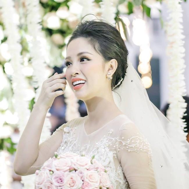 Trang Pilla - một năm nhìn lại: Trút mác chị dâu Bảo Thy trở thành hot mom thành đạt, đón hàng loạt tin vui - Ảnh 6.