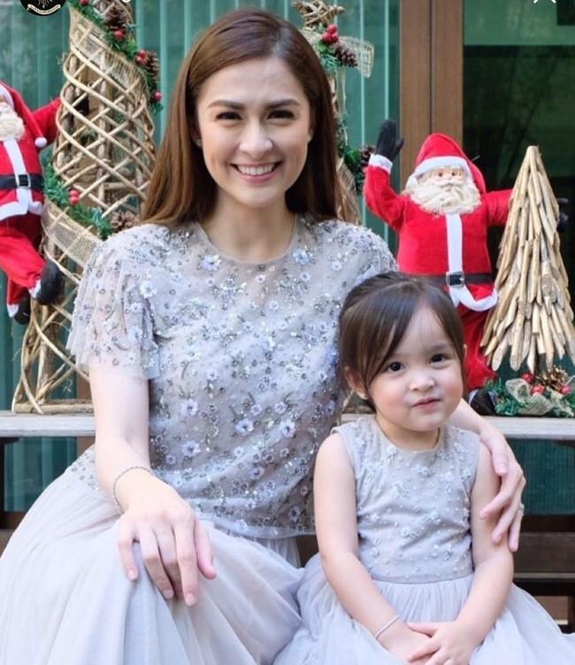 Mới đó mà con gái của mỹ nhân đẹp nhất Philippines đã lớn cỡ này, nhan sắc cô bé khiến nhiều người dự đoán sớm soán ngôi mẹ - Ảnh 2.