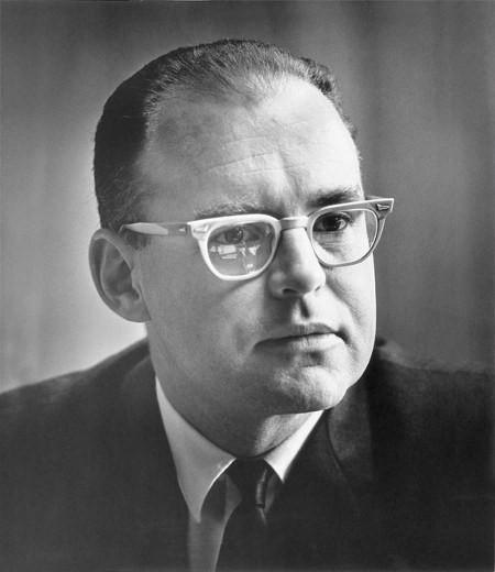 Transistor thoát khí có thể kéo dài định luật Moore thêm 20 năm nữa, hiệu quả hơn 10.000 lần chất bán dẫn hiện tại - Ảnh 1.