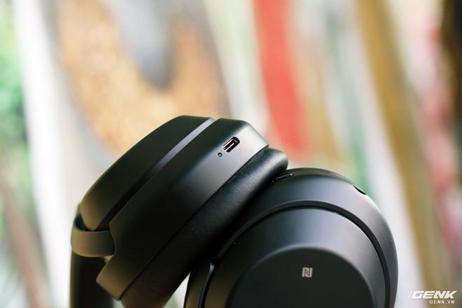 Tai nghe Sony WH-1000XM3: Chống ồn bá đạo, 10 phút sạc cho 5 giờ nghe nhạc, giá rẻ hơn phiên bản cũ! - Ảnh 11.