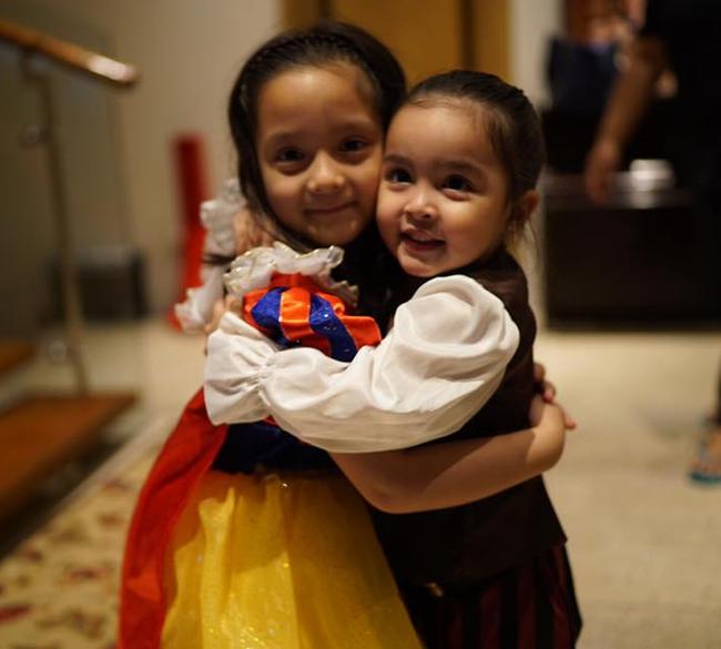 Mới đó mà con gái của mỹ nhân đẹp nhất Philippines đã lớn cỡ này, nhan sắc cô bé khiến nhiều người dự đoán sớm soán ngôi mẹ - Ảnh 12.