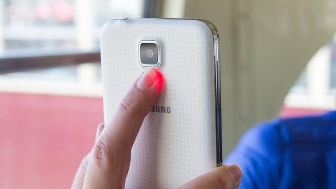 Ngược dòng thời gian: Tất tần tật những chiếc Galaxy S đã ra mắt từ trước đến nay - Ảnh 15.