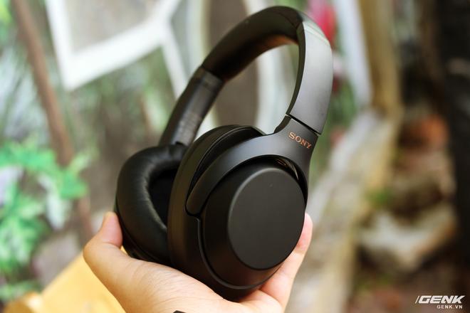 Tai nghe Sony WH-1000XM3: Chống ồn bá đạo, 10 phút sạc cho 5 giờ nghe nhạc, giá rẻ hơn phiên bản cũ! - Ảnh 4.