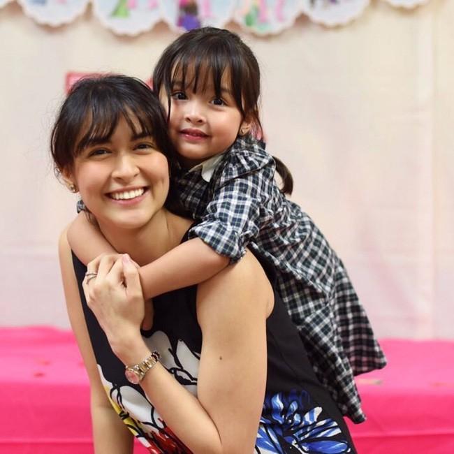Mới đó mà con gái của mỹ nhân đẹp nhất Philippines đã lớn cỡ này, nhan sắc cô bé khiến nhiều người dự đoán sớm soán ngôi mẹ - Ảnh 5.