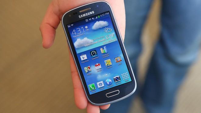Ngược dòng thời gian: Tất tần tật những chiếc Galaxy S đã ra mắt từ trước đến nay - Ảnh 10.