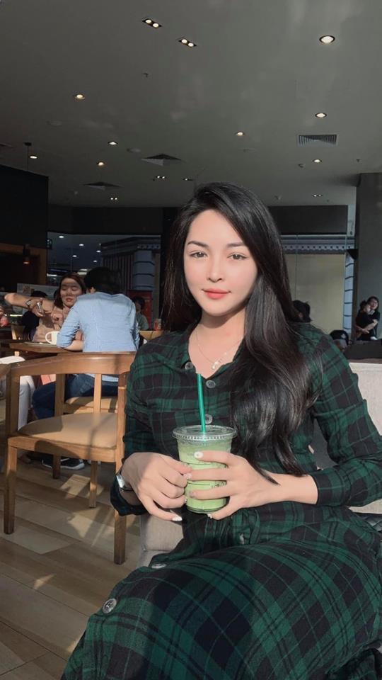 Hotgirl thẩm mỹ Vũ Thanh Quỳnh: 2 năm trước bị quỵt lương, nay nhan sắc thăng hạng, được người bí ẩn tặng hoa mỗi ngày - Ảnh 11.