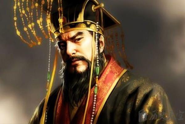 Vua chúa Trung Hoa đều mặc long bào màu vàng, tại sao đồ của Tần Thủy Hoàng lại có màu đen? - Ảnh 3.