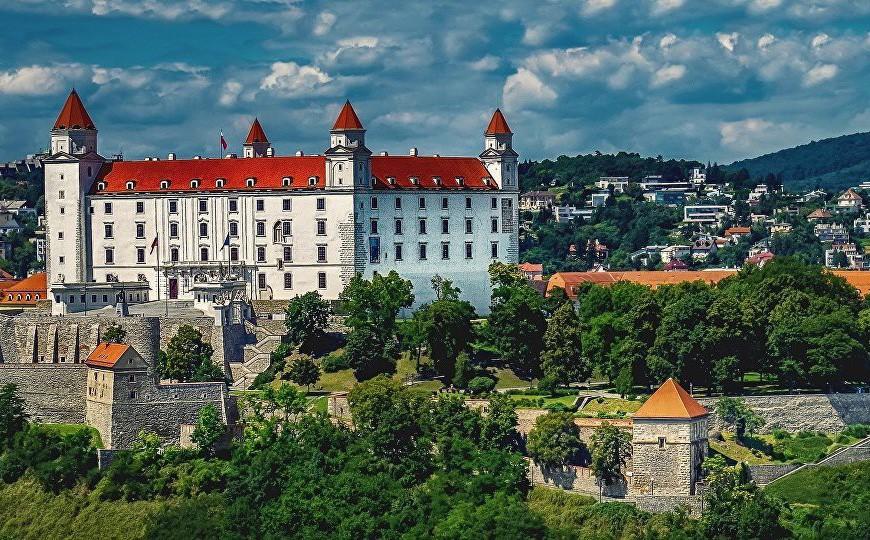 Slovakia trục xuất nhà ngoại giao Nga sau cáo buộc do thám đất nước và NATO