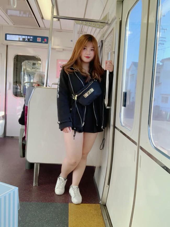 Diện mạo mới của hot girl ngực khủng sau khi bỏ bạn trai, sang Nhật du học 2 tháng - Ảnh 12.