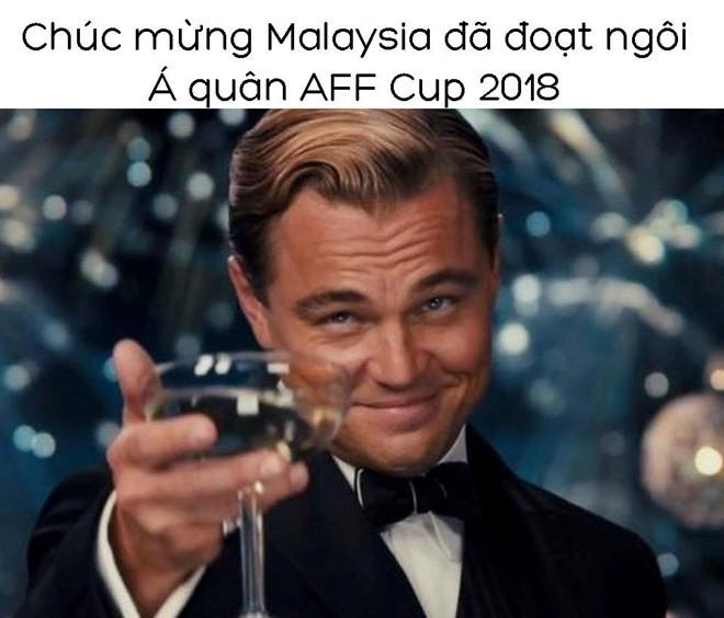 CĐV Việt Nam mừng như Tết, hả hê không tiếc lời chê Thái Lan - Ảnh 7.