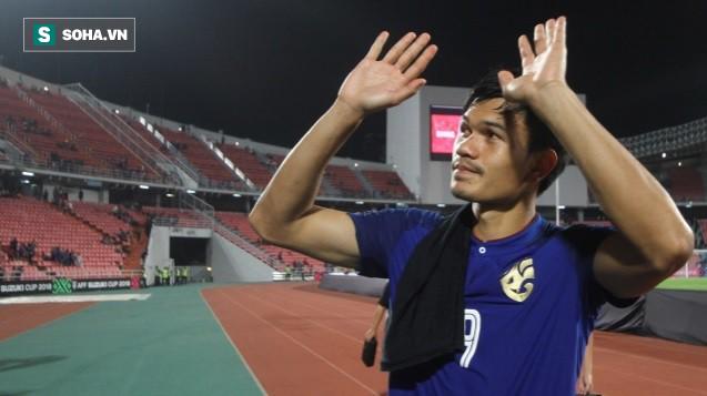 """""""Tội đồ"""" của Thái Lan đau đớn, thừa nhận mất ngủ suốt đêm vì cú sút penalty lên trời - Ảnh 1."""