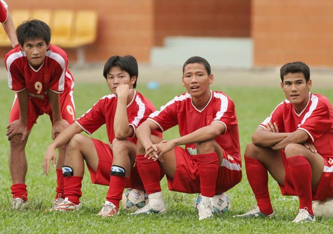 Lứa Quang Hải, Công Phượng đang ở đâu khi Việt Nam giành cúp vô địch AFF Cup 2008? - Ảnh 14.