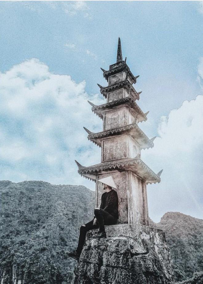 Tọa độ check-in hot nhất ở Ninh Bình: Hùng vĩ và ảo diệu không thua gì cảnh phim cổ trang - Ảnh 12.