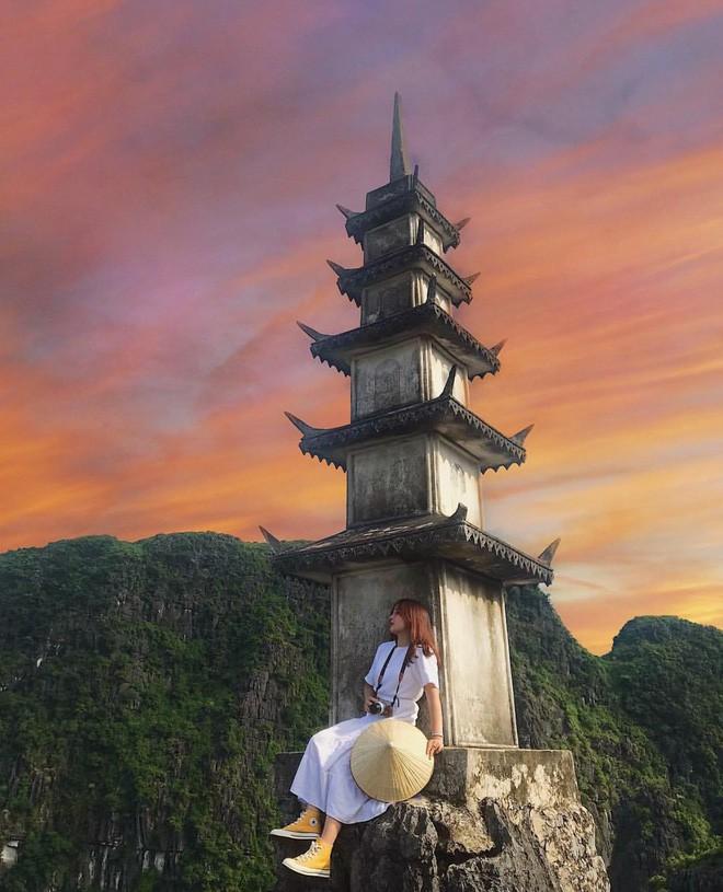 Tọa độ check-in hot nhất ở Ninh Bình: Hùng vĩ và ảo diệu không thua gì cảnh phim cổ trang - Ảnh 14.