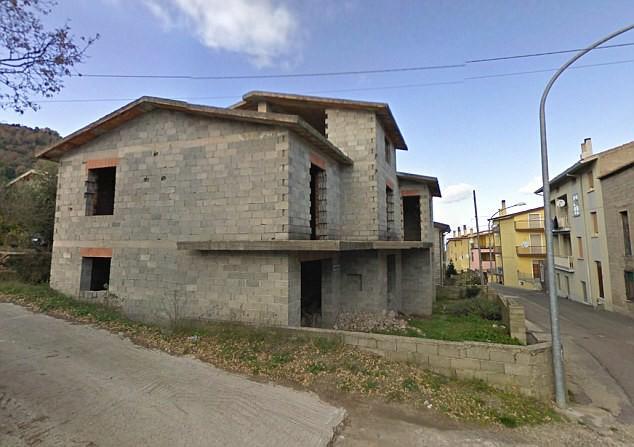 Ghé thăm thị trấn nơi mỗi ngôi nhà được bán với giá chỉ 28.000 đồng  - Ảnh 4.
