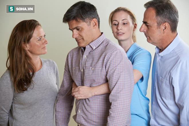 Bí mật về Heimlich - biện pháp cứu trẻ trong vài phút nguy kịch vì hóc dị vật - Ảnh 1.