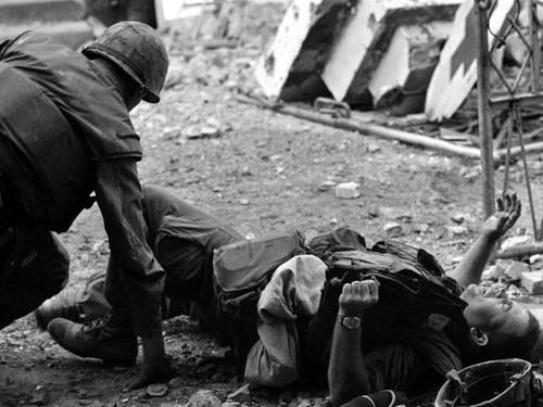 Cuộc Tổng tiến công và nổi dậy Xuân Mậu Thân 1968: Bài học đắt giá với Mỹ - Ảnh 1.