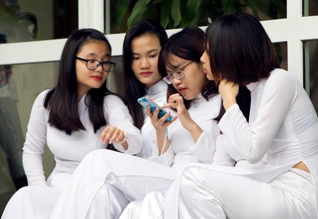 Forbes viết về thế hệ Z của Việt Nam  - Ảnh 1.