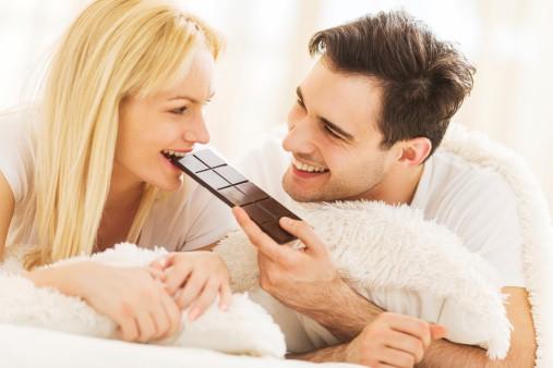 Sôcôla đen - chất xúc tác cho tình yêu ngọt ngào - Ảnh 1.