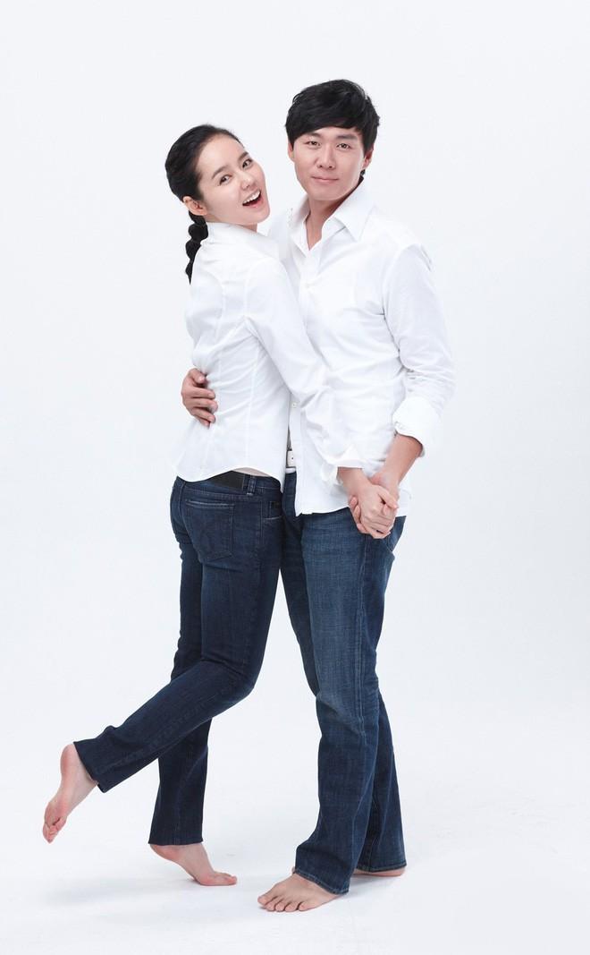 Ngày Valentine của mỹ nhân xứ Hàn cùng tuổi: Người chờ quà của chồng con, kẻ vẫn độc thân lẻ bóng - Ảnh 6.