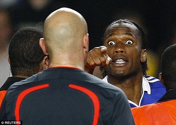 Trọng tài Ovrebo thừa nhận mắc sai lầm, thiếu sáng suốt ở trận Chelsea vs Barcelona 2009 - Ảnh 2.