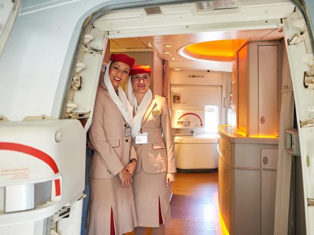 Chuyện nghề giờ mới kể của tiếp viên hãng hàng không Emirates sang chảnh bậc nhất Dubai - Ảnh 3.