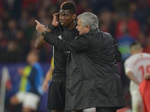 Không phải Pogba, Mourinho mới là vấn đề nghiêm trọng hơn với M.U - Ảnh 1.