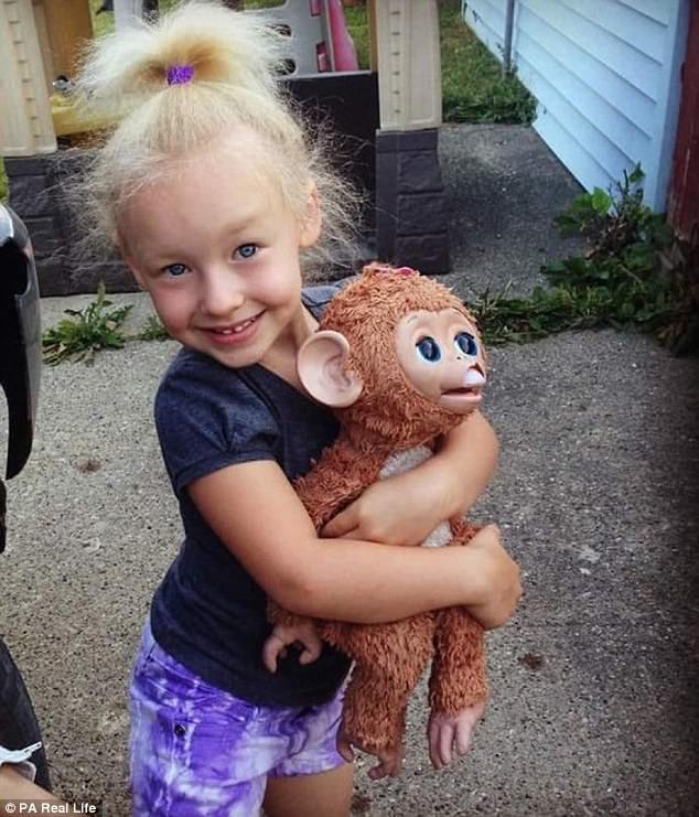 Cô bé 6 tuổi mắc hội chứng hiếm gặp khiến mái tóc dựng đứng bất thường - Ảnh 12.