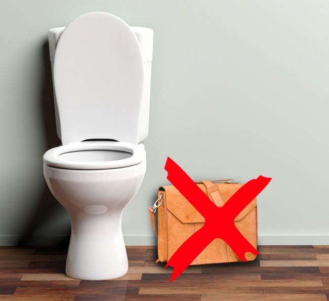 Nếu nghĩ rằng mình dùng nhà vệ sinh công cộng đúng cách, hãy đọc lại 6 điều sau - Ảnh 6.