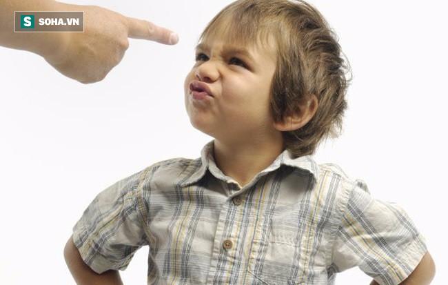 Nếu thấy con thường xuyên nói 3 chữ này, bố mẹ hãy lưu tâm vì trẻ đang cầu cứu người lớn - Ảnh 1.