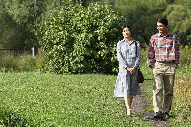 Cựu du học sinh Việt Nam tại Nga chỉ ra hàng loạt sạn trong phim Tình khúc Bạch Dương - Ảnh 1.