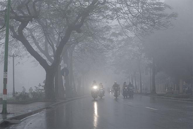 Nồm ẩm có hại cho sức khỏe, vậy bạn biết gì về loại thời tiết khó chịu nhất trong năm này? - Ảnh 1.