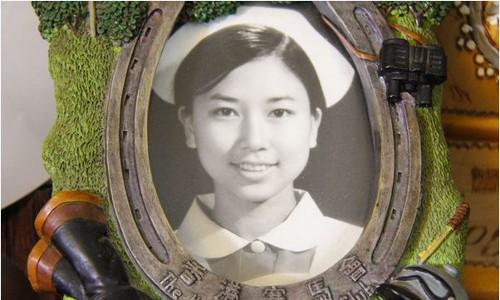 Hai thảm họa dao kéo Hồng Kông mặt biến dạng vì thẩm mỹ hỏng ở tuổi xế chiều - Ảnh 3.