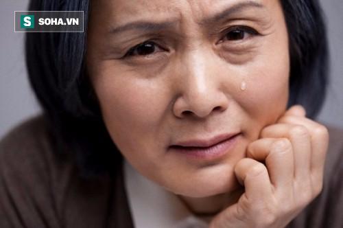 Nuôi con 25 năm, cho đến một ngày, người mẹ bất chợt nhận ra vấn đề tai hại của bản thân - Ảnh 1.