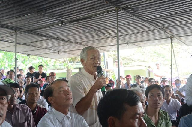 Vụ bao vây nhà máy gây ô nhiễm ở Đà Nẵng: Người dân bức xúc, chính quyền tiếp tục... ghi nhận - Ảnh 3.