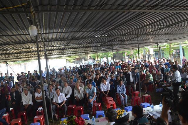Dừng hoạt động vô thời hạn 2 nhà máy thép gây ô nhiễm bị người dân Đà Nẵng bao vây - Ảnh 2.