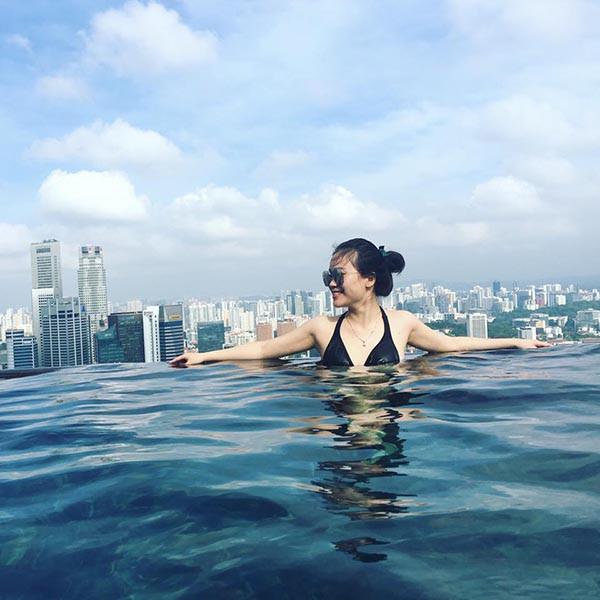 Danh tính cô em dâu gợi cảm, xinh đẹp của hoa hậu Phạm Hương - Ảnh 11.