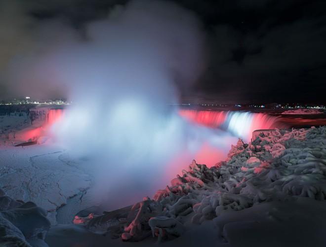 Chiêm ngưỡng bức ảnh thác Niagara vào mùa đông băng giá: cứ ngỡ chụp ở hành tinh nào khác! - Ảnh 3.