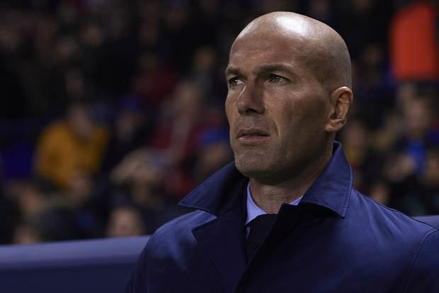Sao Real ra yêu sách đặc biệt, kịch liệt chống đối HLV Zidane - Ảnh 2.