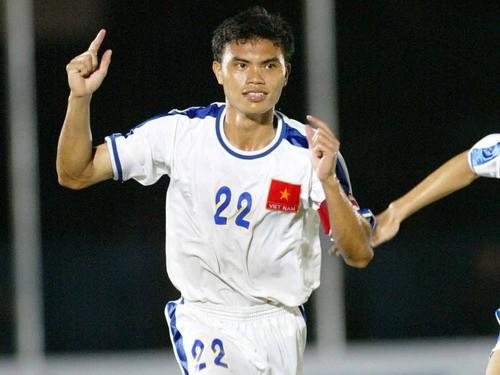 Nhà vô địch AFF Cup 2008 khuyên U23 VN dùng tiền thưởng và né tránh cám dỗ - Ảnh 1.