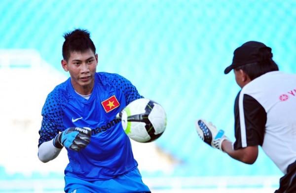 Hậu U23 VN: Thầy Park đau đầu vì cùng lúc có 3 người nhện - Ảnh 1.