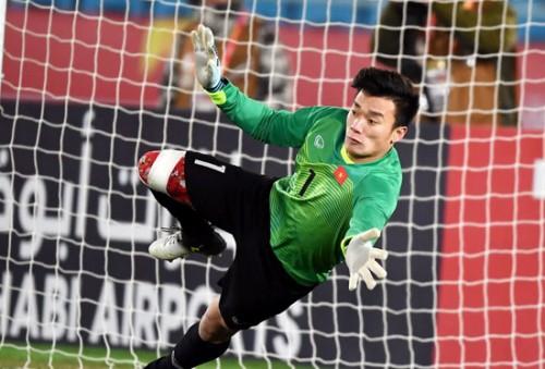 Hậu U23 VN: Thầy Park đau đầu vì cùng lúc có 3 người nhện - Ảnh 3.