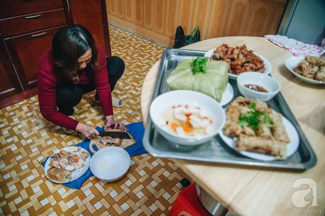 Ngày 23 tháng Chạp giản dị, đầm ấm của gia đình Hà Nội tứ đại đồng đường - Ảnh 10.