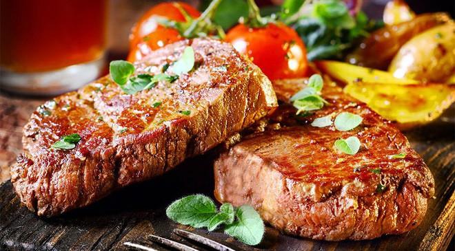 Nhận biết thịt bò bẩn và mẹo hay chọn thịt bò ngon cho những ngày Tết - Ảnh 2.