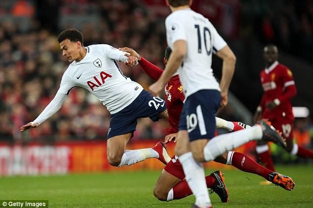 Trước thềm đại chiến derby bắc thành London, Arsene Wenger chỉ trích cầu thủ Tottenham  - Ảnh 5.
