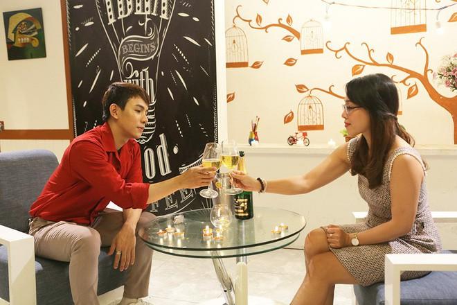 Chàng phi công trẻ chính thức lên tiếng về mối tình cách nhau 13 tuổi trong show hẹn hò kinh dị - Ảnh 2.