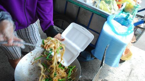 Túi nilong – Dùng sao để không bị nhiễm độc? - Ảnh 1.