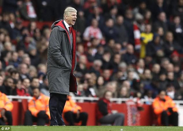 Huyền thoại Man United giáng một đòn vào niềm tự hào hư cấu của Arsenal - Ảnh 3.