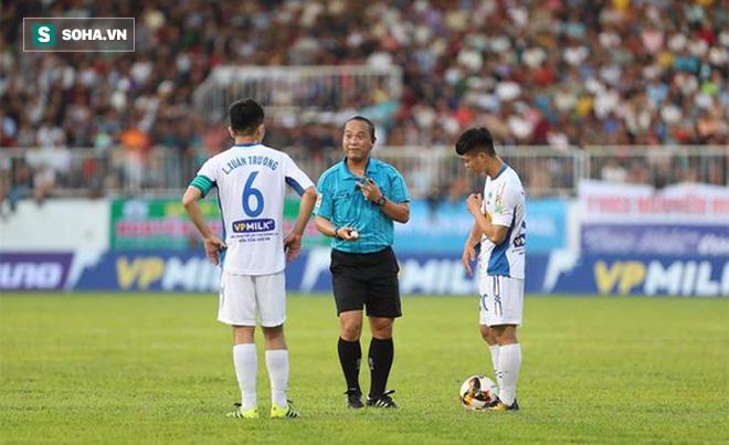 Sao U23 Việt Nam chưa nóng máy, V-League vẫn đạt thành tích hiếm có - Ảnh 3.